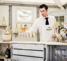 Til Champagnefest på Slottet