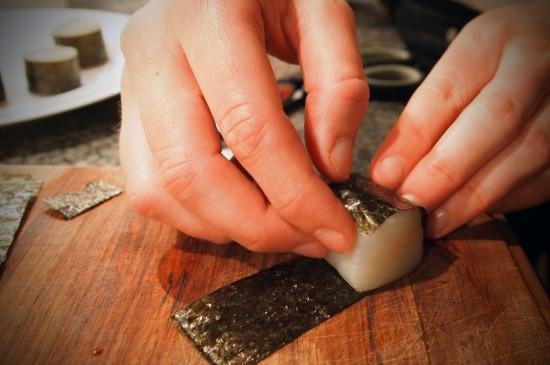Friteret kammusling i tempuradej med kaviar og avocado/wasabi-dressing
