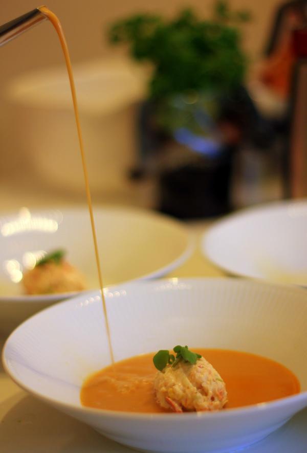 """Cannes gallamiddag #2 – Fiskesuppe med chablis, """"king crab"""" og rejer"""