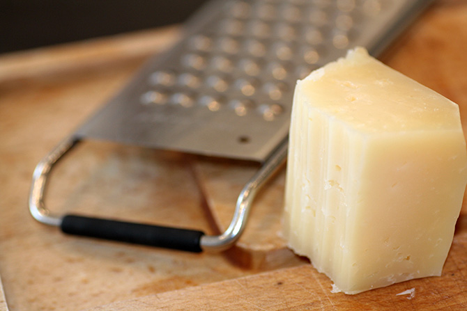 Gastromand goes Tapas V: Grillede asparges med manchego