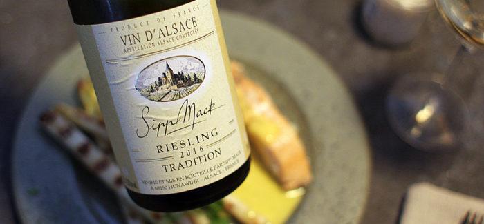 Hvide asparges & sprød hvidvin – sommerens drømmeduo