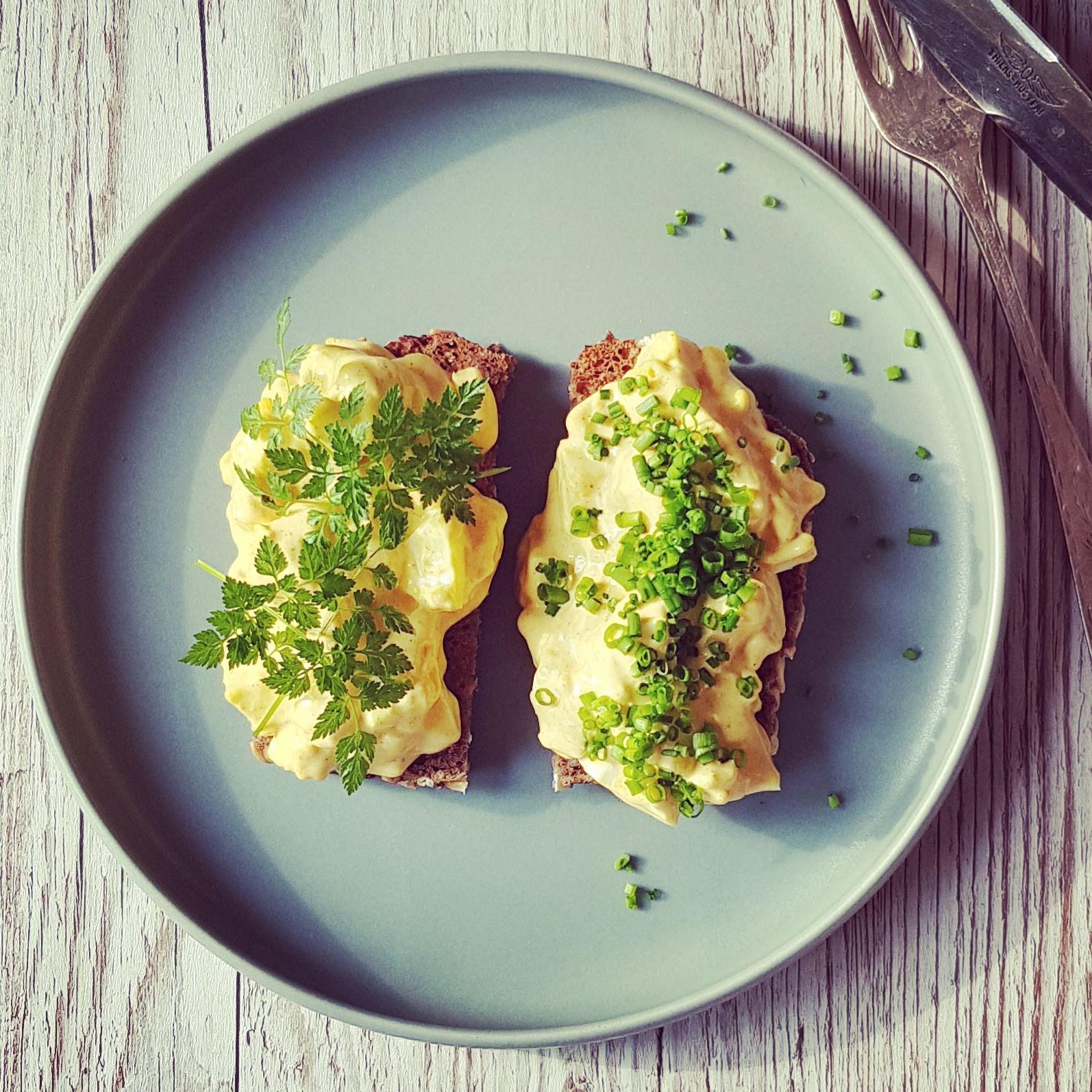 Hjemmelavet æggesalat - den eneste opskrift du behøver